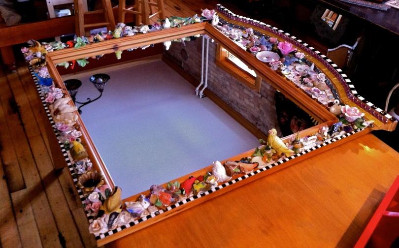 pique assiette mosaic tile