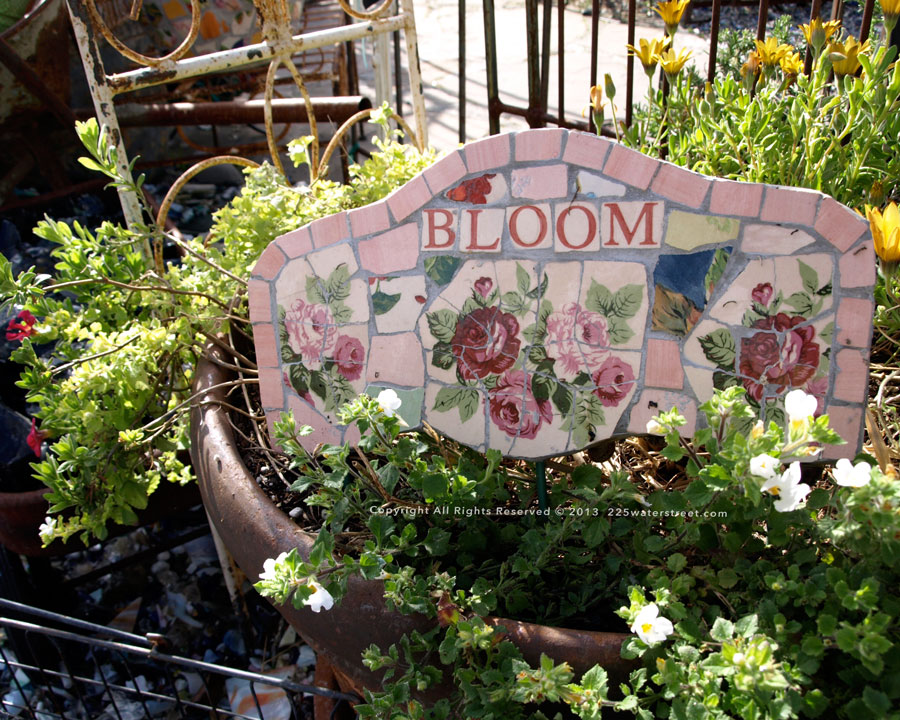 garden-mosaic