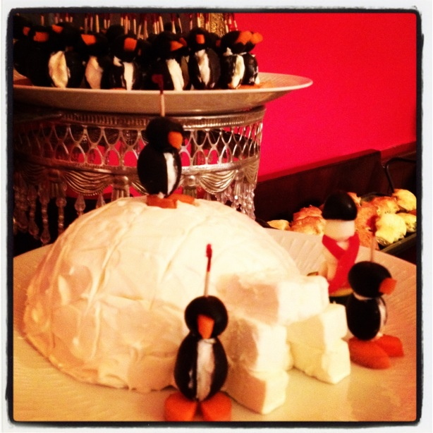 Penquins and Igloos