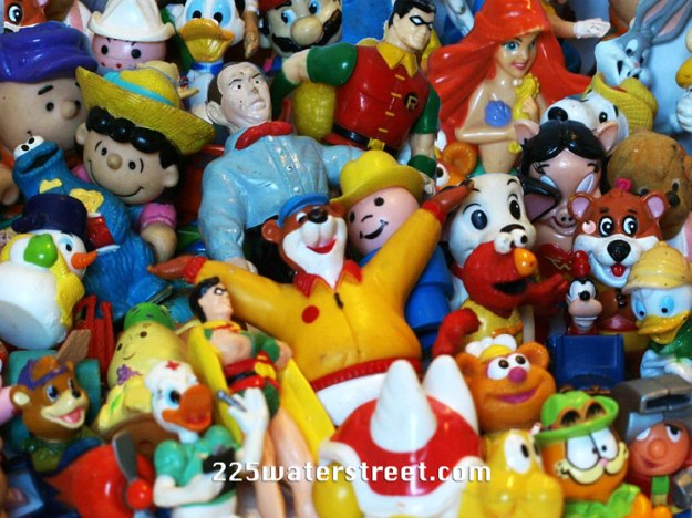plastic-figurines